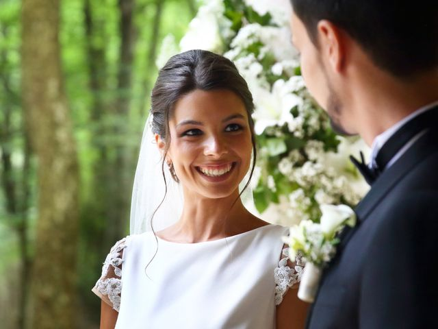 La boda de Cristian y Evelyn en Olot, Girona 21