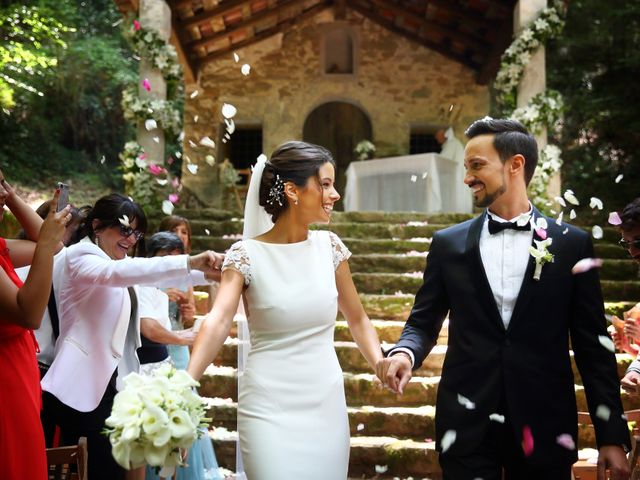 La boda de Cristian y Evelyn en Olot, Girona 25