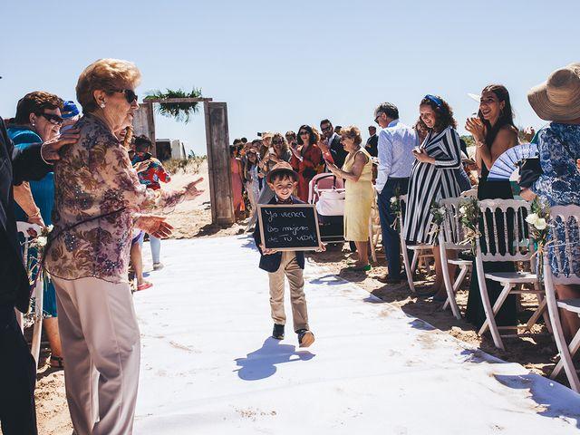 La boda de Manu y Araceli en El Palmar, Cádiz 36