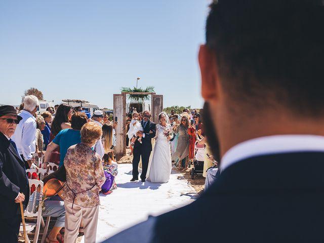 La boda de Manu y Araceli en El Palmar, Cádiz 37