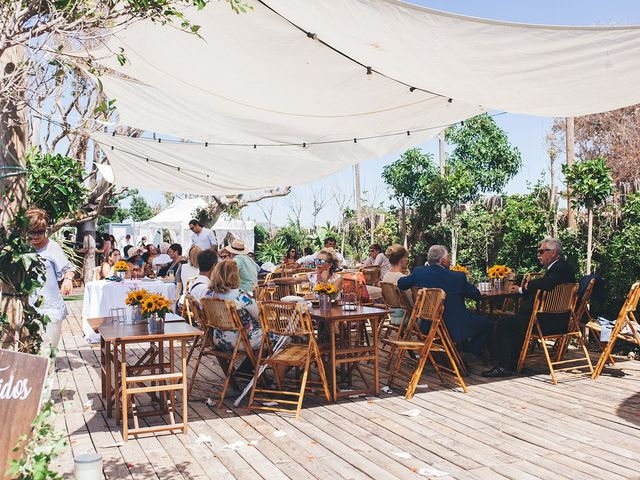 La boda de Manu y Araceli en El Palmar, Cádiz 51