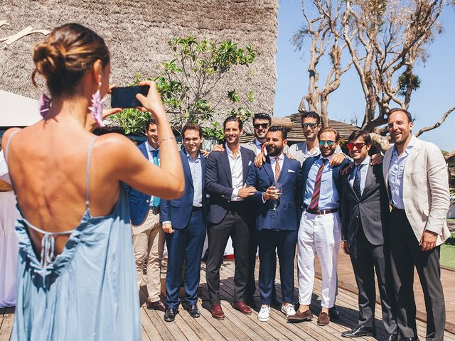 La boda de Manu y Araceli en El Palmar, Cádiz 52