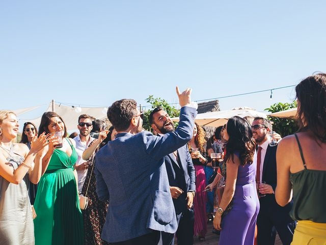 La boda de Manu y Araceli en El Palmar, Cádiz 57