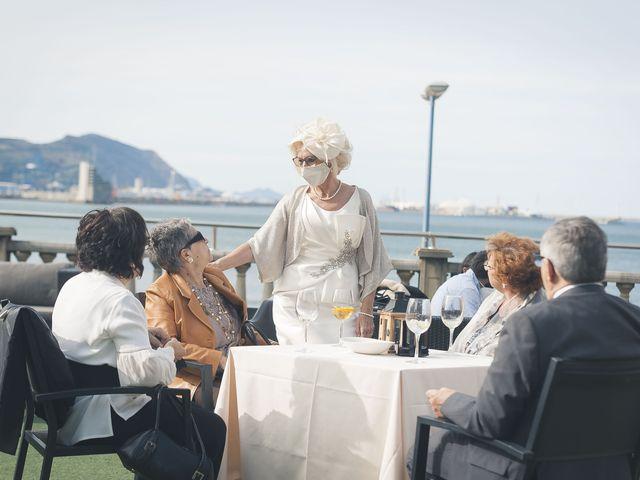 La boda de Belen y Jon en Getxo, Vizcaya 27