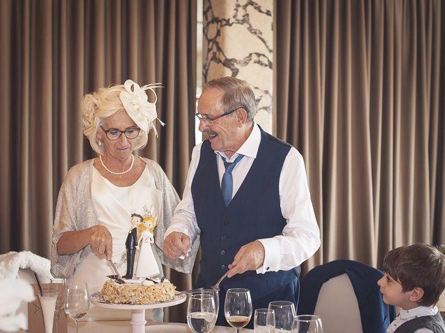 La boda de Belen y Jon en Getxo, Vizcaya 55