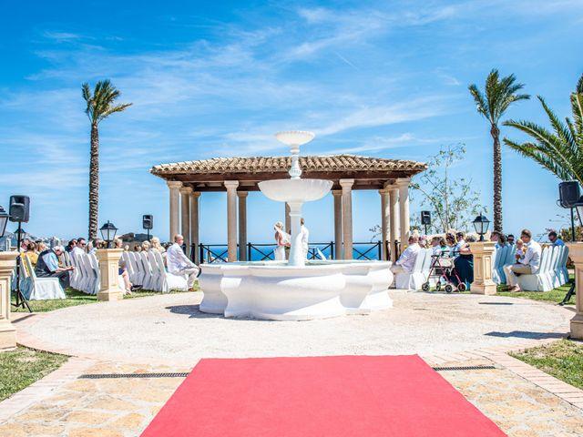 La boda de Jake y Jessica en Benidorm, Alicante 2