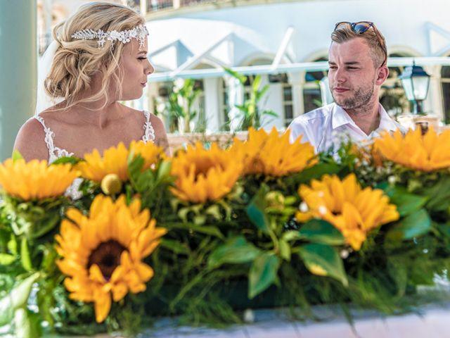 La boda de Jake y Jessica en Benidorm, Alicante 41