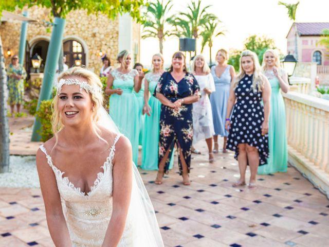 La boda de Jake y Jessica en Benidorm, Alicante 46