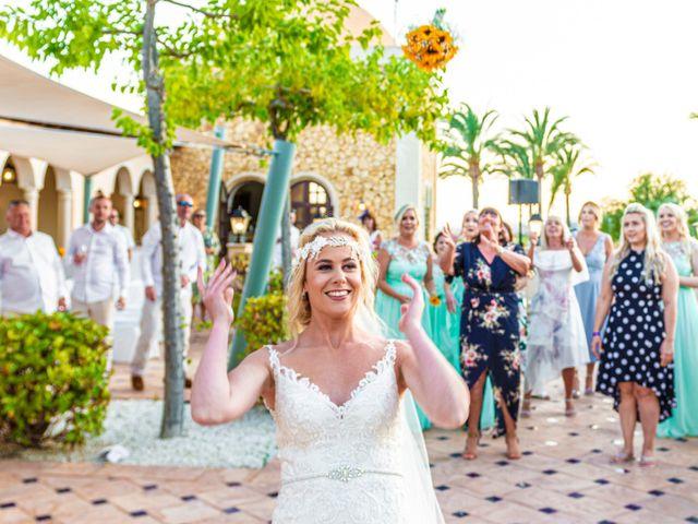 La boda de Jake y Jessica en Benidorm, Alicante 47