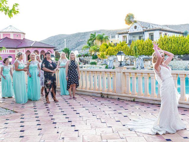La boda de Jake y Jessica en Benidorm, Alicante 48