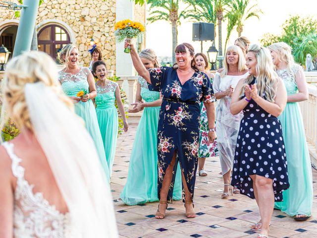 La boda de Jake y Jessica en Benidorm, Alicante 49