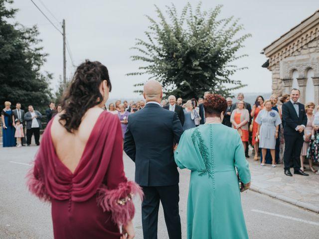 La boda de Ivan y Lucía en Gijón, Asturias 31