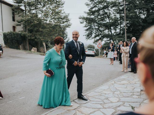 La boda de Ivan y Lucía en Gijón, Asturias 32