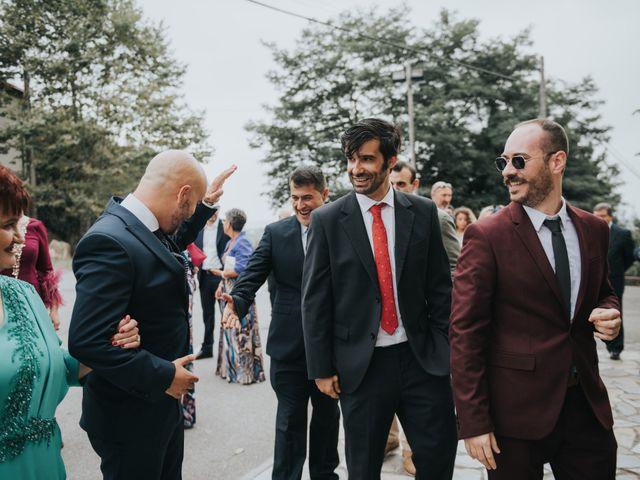 La boda de Ivan y Lucía en Gijón, Asturias 35