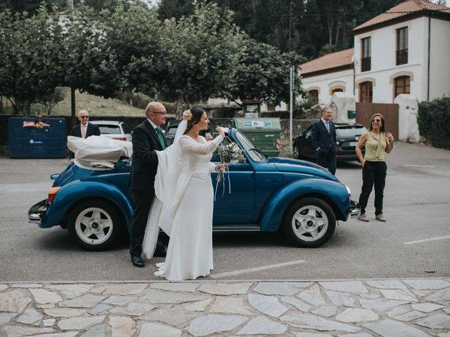 La boda de Ivan y Lucía en Gijón, Asturias 41