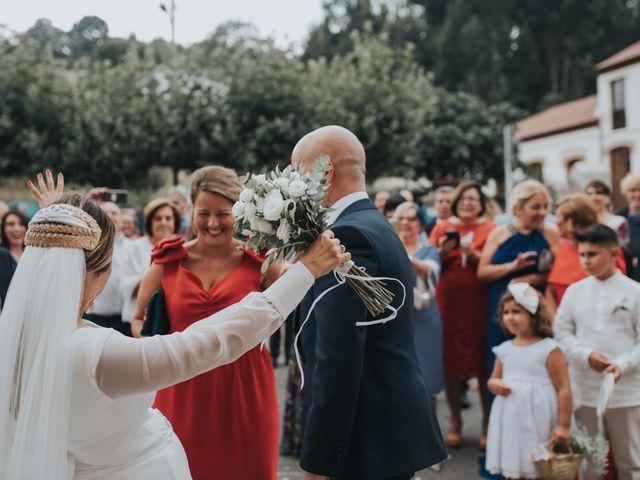 La boda de Ivan y Lucía en Gijón, Asturias 61