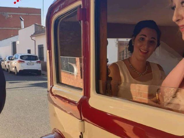 La boda de Alejandro  y Virginia  en El Robledo, Cáceres 4