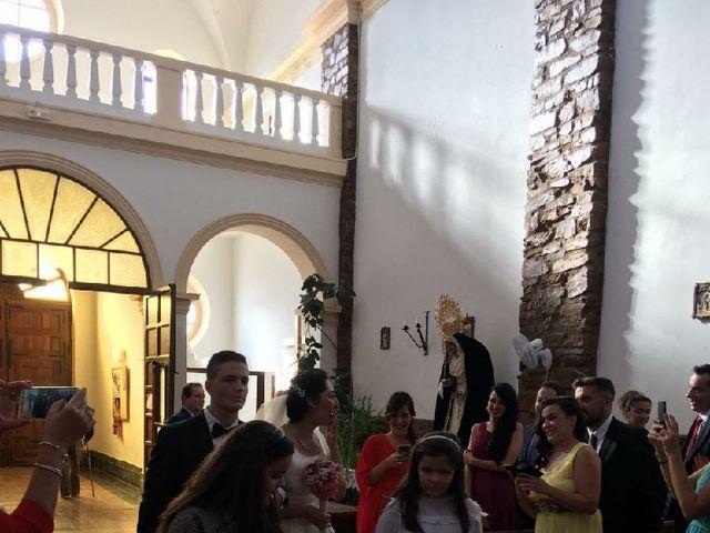 La boda de Alejandro  y Virginia  en El Robledo, Cáceres 7