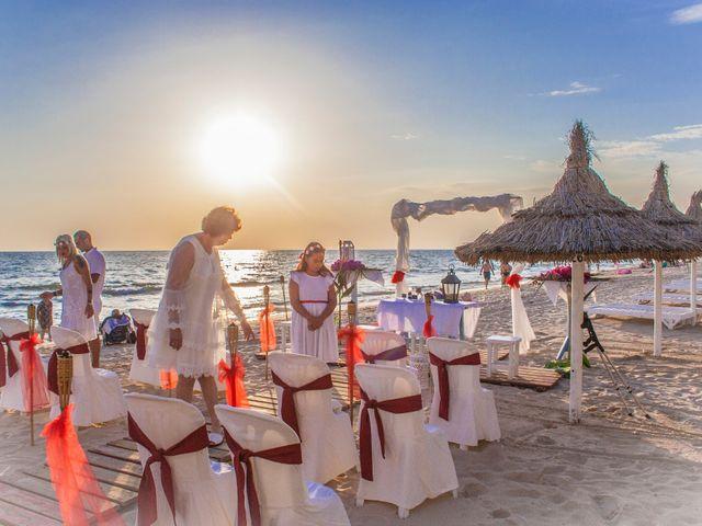La boda de Israel y Esmeralda en Matalascañas, Huelva 2