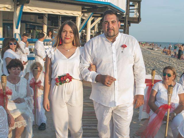 La boda de Israel y Esmeralda en Matalascañas, Huelva 13