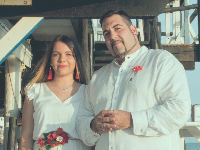 La boda de Israel y Esmeralda en Matalascañas, Huelva 14