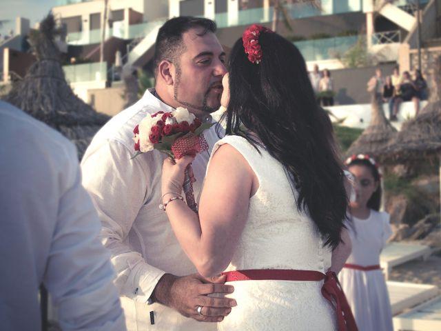 La boda de Israel y Esmeralda en Matalascañas, Huelva 20