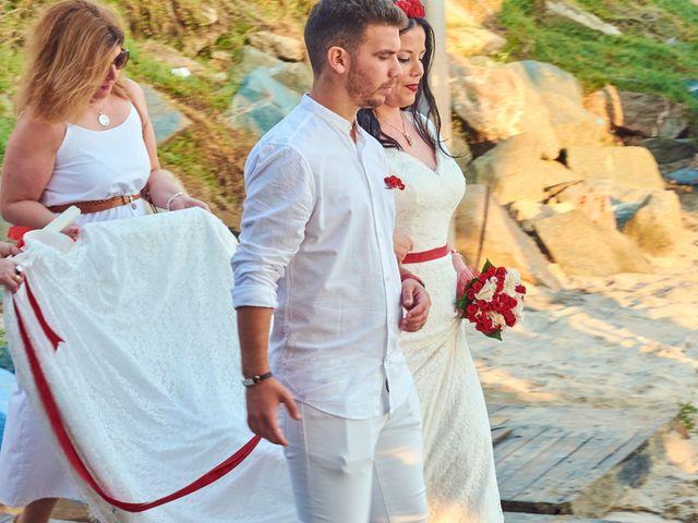 La boda de Israel y Esmeralda en Matalascañas, Huelva 33