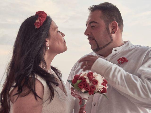 La boda de Israel y Esmeralda en Matalascañas, Huelva 37