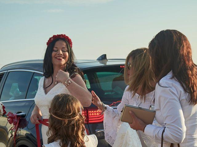 La boda de Israel y Esmeralda en Matalascañas, Huelva 54