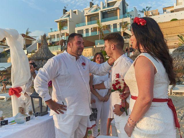 La boda de Israel y Esmeralda en Matalascañas, Huelva 57