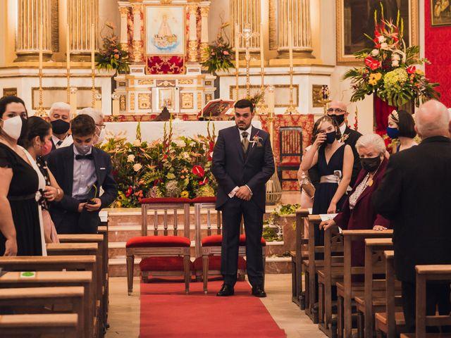 La boda de Juan Carlos y Laura en Mutxamel, Alicante 17