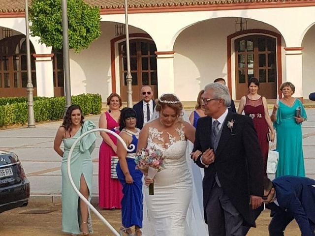La boda de Rafael y Mari  en Sevilla, Sevilla 19