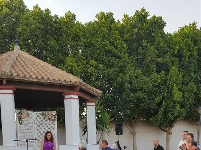 La boda de Rafael y Mari  en Sevilla, Sevilla 22