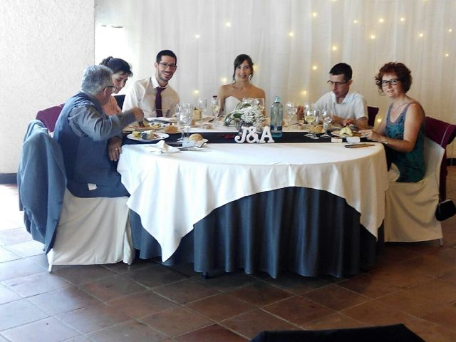 La boda de Jose Luis Martinez y Alba Grabulosa en Pueblo Sant Climent De Peralta, Girona 5