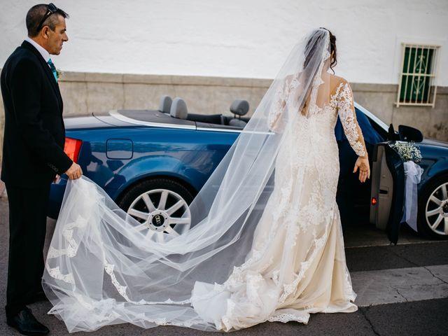 La boda de Salvador y Mónica en Calzada De Calatrava, Ciudad Real 28
