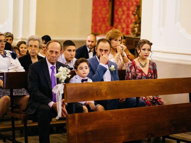 La boda de Salvador y Mónica en Calzada De Calatrava, Ciudad Real 48