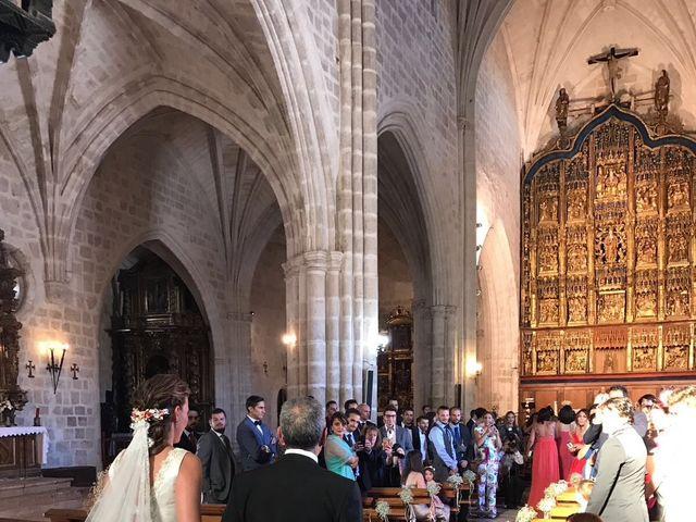 La boda de Carlos y Marina en Gumiel De Hizan, Burgos 4