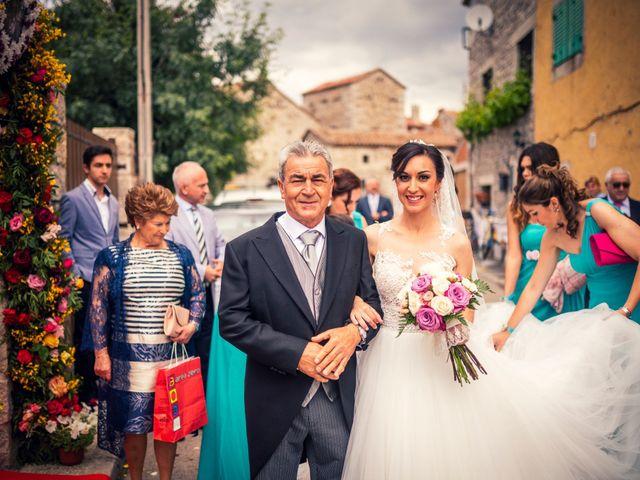 La boda de Javi y Virginia en El Berrueco, Madrid 36