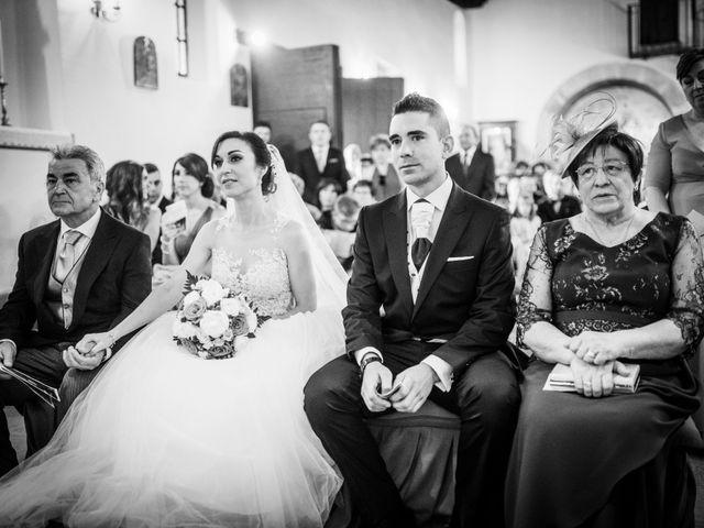 La boda de Javi y Virginia en El Berrueco, Madrid 47