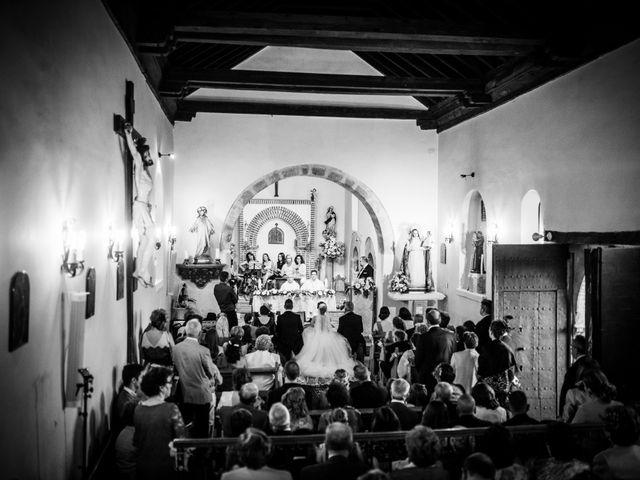 La boda de Javi y Virginia en El Berrueco, Madrid 48
