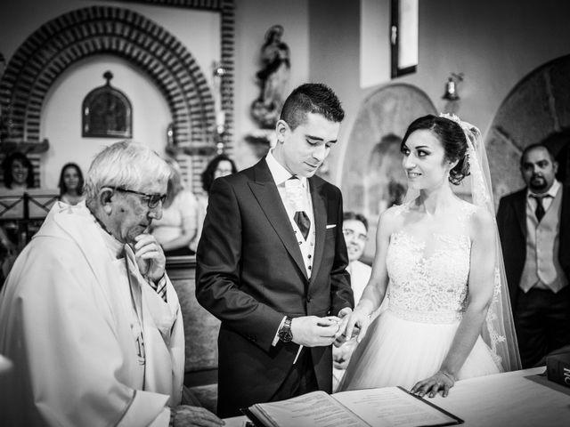 La boda de Javi y Virginia en El Berrueco, Madrid 51