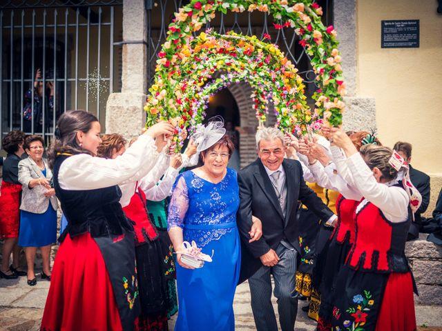 La boda de Javi y Virginia en El Berrueco, Madrid 62