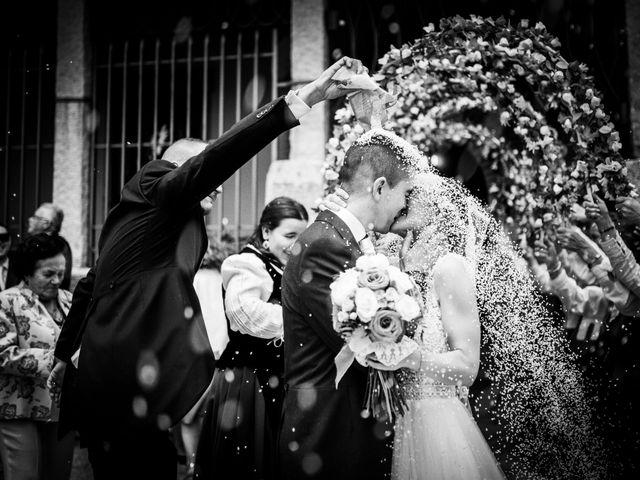 La boda de Javi y Virginia en El Berrueco, Madrid 64