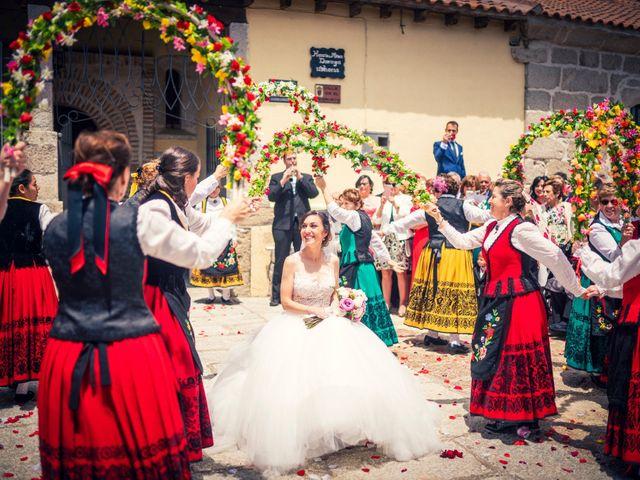La boda de Javi y Virginia en El Berrueco, Madrid 65