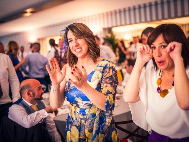 La boda de Javi y Virginia en El Berrueco, Madrid 111