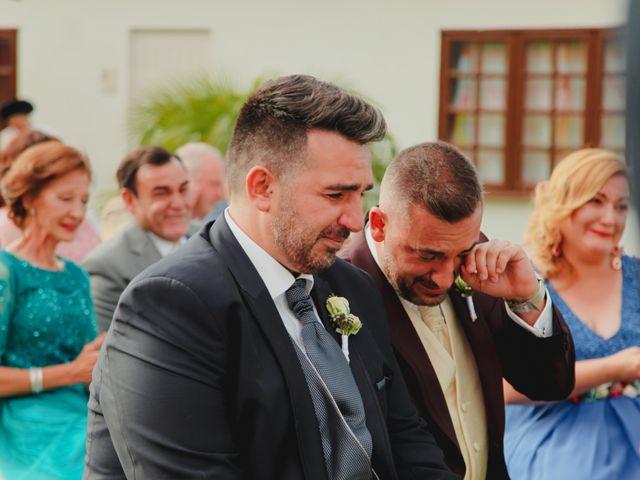 La boda de Ricardo y Zeben en Puerto De La Cruz, Santa Cruz de Tenerife 26