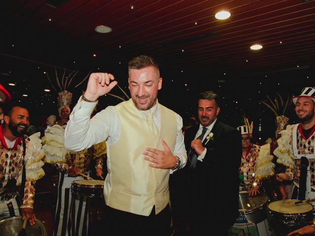 La boda de Ricardo y Zeben en Puerto De La Cruz, Santa Cruz de Tenerife 42