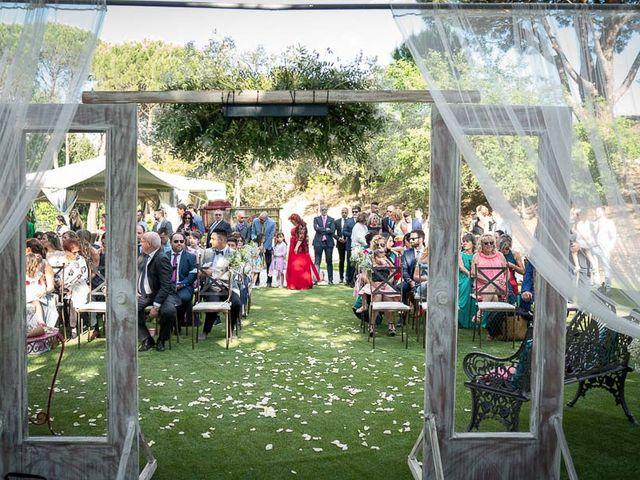 La boda de Saúl y Sandra en Valdemorillo, Madrid 35
