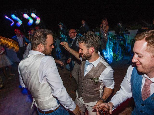 La boda de Matt y Alberto en La Joya Nogales, Málaga 36