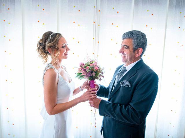 La boda de Álvaro y Bárbara en Funes, Navarra 17